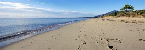 jeux de dans sa chambre hotel costa verde a moriani plage san nicolao en corse