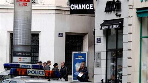 bureau de change lyon hotel de ville un bureau de change attaqu 233 dans le centre ville de lyon