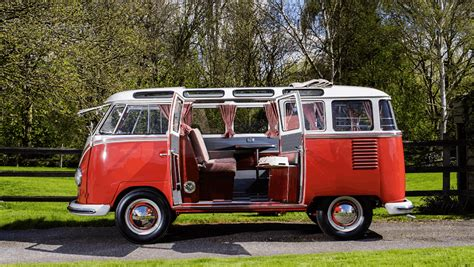 volkswagen kombi how the volkswagen kombi became a family heirloom
