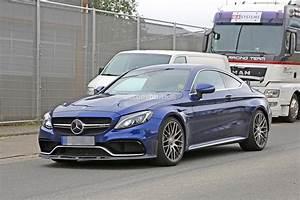 Mercedes S Coupe : 2018 mercedes amg c63 r coupe comes to crash the bmw m4 gts party autoevolution ~ Melissatoandfro.com Idées de Décoration