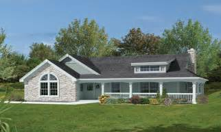 home plans wrap around porch bungalow house plans with wrap around porches bungalow house plans with attached garage 2