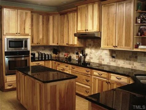 beautiful hickory kitchens visit julierolandrealtor