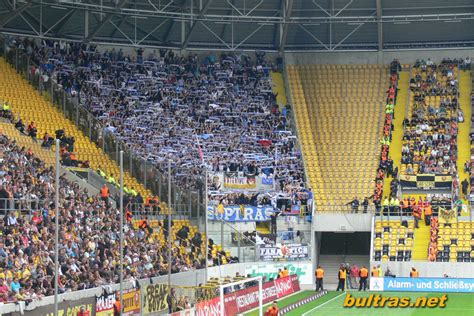 Sportmob covers the match stats for dynamo dresden vs hansa rostock on april 04, 2021 include latest team standings and head to head, news & live action. Ultras Way: Dynamo Dresden - Hansa Rostock 24.07.11