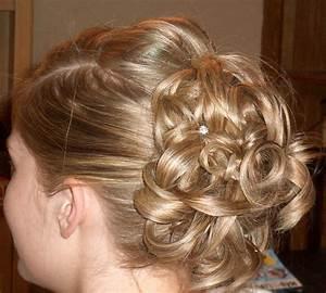 Inspiring Bridal Hairstyle For Thin Hairs