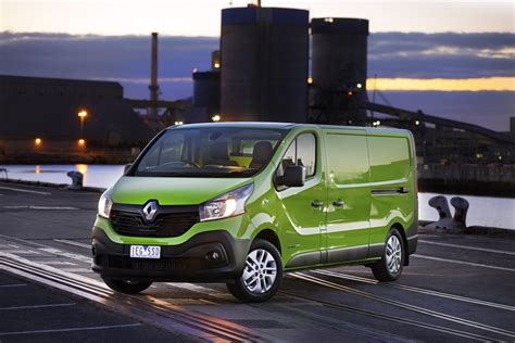 renault trafic review caradvice
