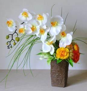 Fausse Fleur Deco : composition fleurs artificielles en fleur artificielle haut de gamme ~ Teatrodelosmanantiales.com Idées de Décoration