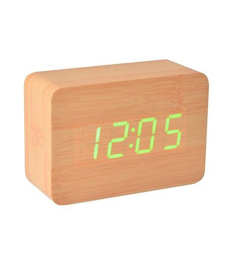idée déco chambre bébé garçon pas cher vente idée cadeau pas cher réveil lumineux bois led naturel