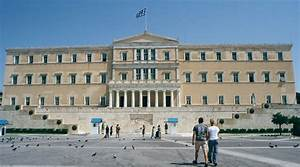 Greek Parliament damaged by bomb in its front yard