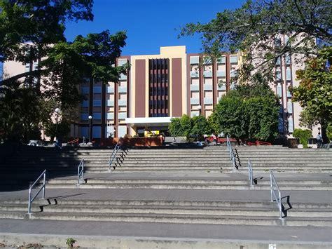 2100, bagot la baie (qc), g7b 2p9. File:Facultad de Medicina de la Universidad de El Salvador, vista este (1).jpg - Wikimedia Commons