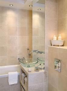 33 idees pour petite salle de bain astuces pratiques couleur With conseil carrelage petite salle de bain