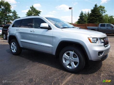 jeep grand cherokee trailhawk silver bright silver metallic 2013 jeep grand cherokee laredo x