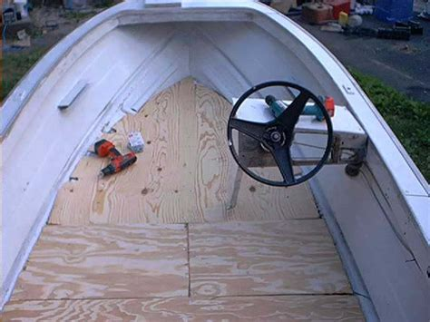 Fishing Boat Flooring by Rubber Coating Aluminum Boat
