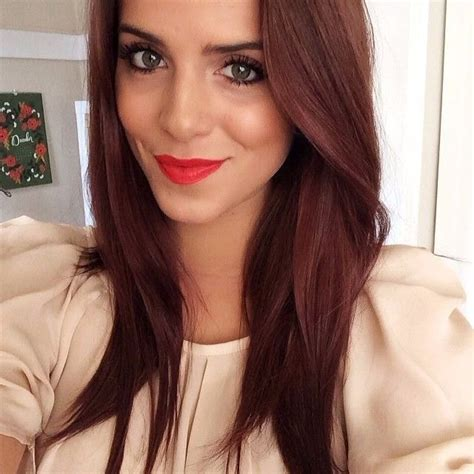 brown hair  hints  red   brownish red hair