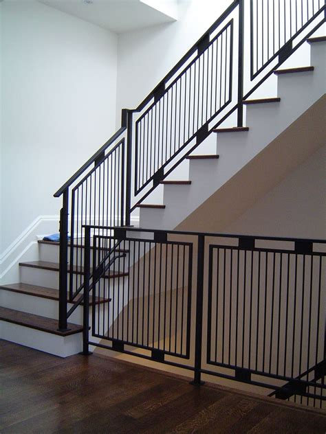 Steel Banister by White Walls And Black Railing Quot Www Thesteelworks Ca