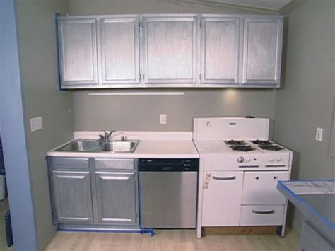 Kitchen Metallic Paint by White Metal Kitchen Cabinets Decor Ideasdecor Ideas