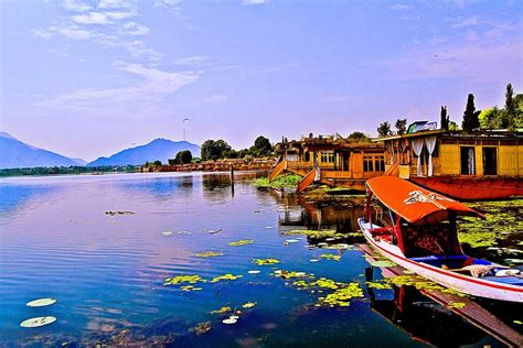 india holidays kashmir   wonderful getaway