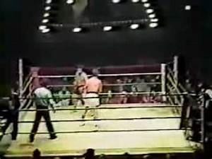 Tony Danza vs. Billy Perez - YouTube