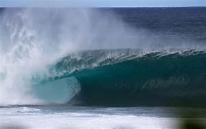 Top 5 favorite Hawaii surfing beaches | Hawaii Magazine