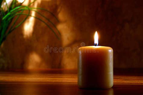 Meditazione Candela by Candela Di Meditaion Di Zen Brucia Nella Regolazione