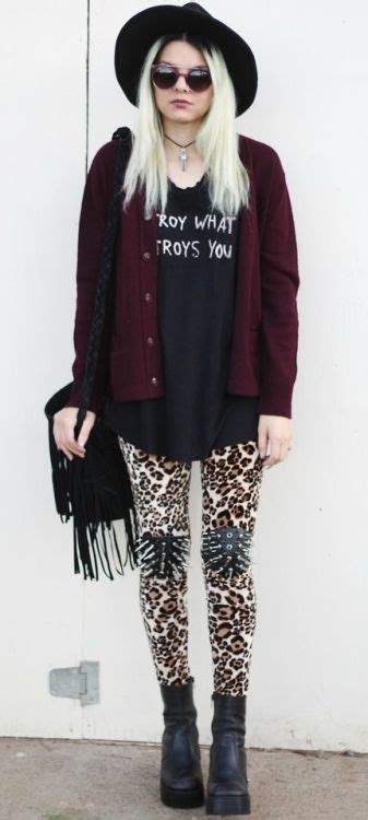 25+ best ideas about Soft grunge clothing on Pinterest | Grunge clothes Punk outfits and Rock ...