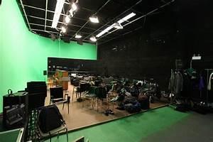 STUDIO 3 - Wallace Film Studios Green Studio Rental
