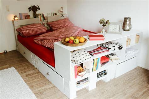 Bett Aus Europaletten Selber Bauen by ᐅ Palettenbett Selber Bauen Kaufen Europaletten Bett