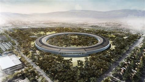 Apples Headquarters New Pictures by Report Apple S Ufo Like Headquarters Could Cost 5 Billion