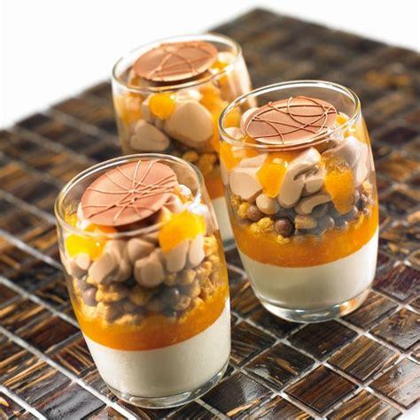 recette dessert du moment les recettes de l ecole du grand chocolat transparence abricot amande verrine dessert