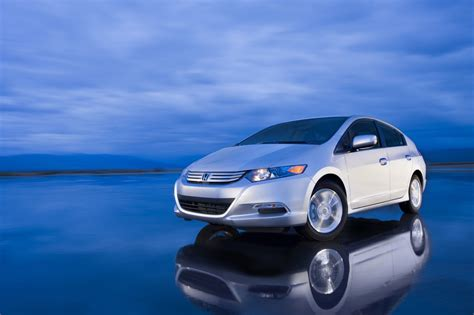 Honda Admits That The Insight Is Too Small To Compete With