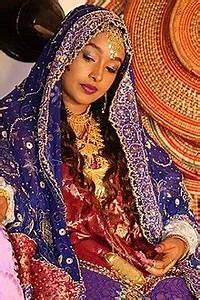 Harari people - Wikipedia  Traditional