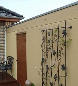 Kellerfenster Metall Mit Gitter : kleine wandgitter aus metall f r pflanzen ~ Eleganceandgraceweddings.com Haus und Dekorationen