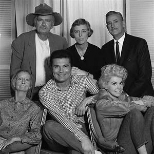 Donna Douglas Elly May On 39The Beverly Hillbillies39 Dies