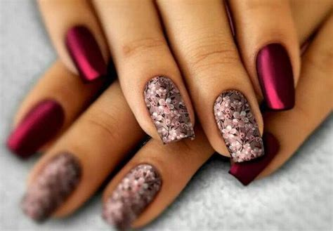 Nail Arts Latest Designs : 22 Latest Nail Art Designs To Flaunt This Holi