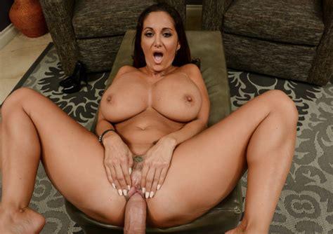 My Friend's Hot Mom Gettin' Trim Busty Milf Vr Sex Vr