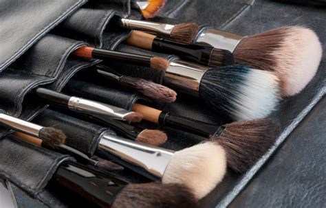 makeup classes    makeup school handbook