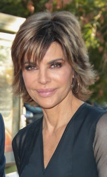 hairstyles lisa rinna short wispy hairstyle