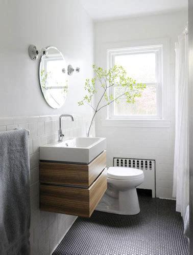 sol pvc pastille noir style m 233 tro dans une salle de bain