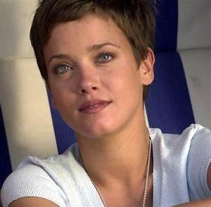 Muriel Baumeister Heute : leute schauspielerin muriel baumeister sympathisiert mit ~ Lizthompson.info Haus und Dekorationen