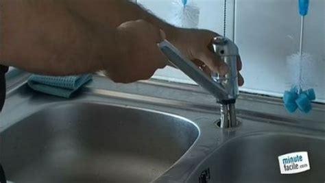 comment demonter un robinet mitigeur de cuisine changer le robinet d 39 évier dans votre cuisine ou salle de