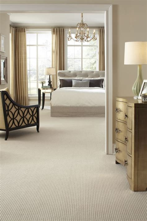 Best Carpet For Bedroom by 25 Best Ideas About Bedroom Carpet On Grey