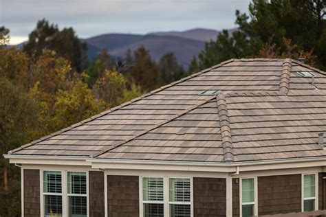 Pics For > Hip Roof Style