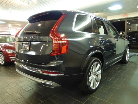volvo image gallery  volvo xc  awd inscription