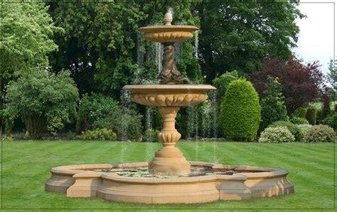 Garten Springbrunnen Aus Stein by Garden Water Fountains Outdoor Garden Water