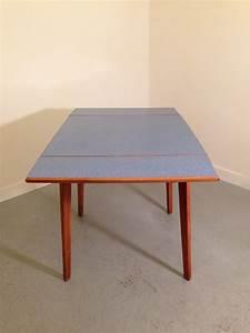 Table A Manger Vintage : table a manger formica ~ Teatrodelosmanantiales.com Idées de Décoration