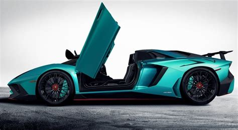 lamborghini aventador lp  superveloce roadster aparece