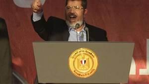 'I fear no one, but God' – Morsi addresses jubilant crowd ...