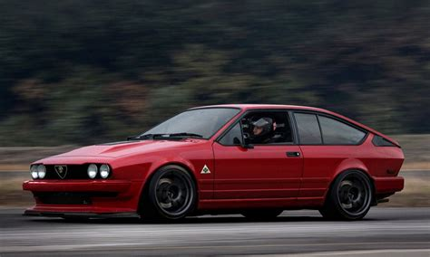Alfa Romeo Gtv 30 1987  Auto Images And Specification