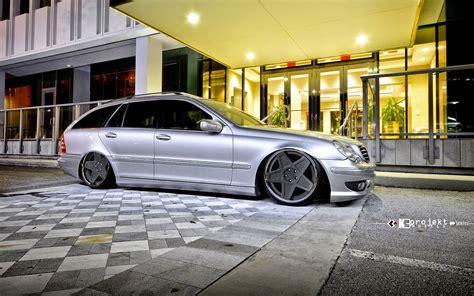 Accessoires tuning (feux arrières à led, feux lexus tunning, phares avants à led, feux xénon), ou personnalisation chromée (poignets chrome, coques de rétroviseur alu chromées, baguettes chromées). Mercedes-Benz S203 Wagon on K3Projekt 5SG Wheels | BENZTUNING
