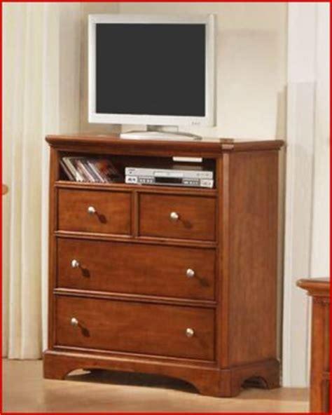 Winners Only Furniture Topaz Cinnamon 38 Inch Bedroom