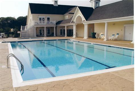 Achieve Your Dreams With Efficient Swimming Pool Builders